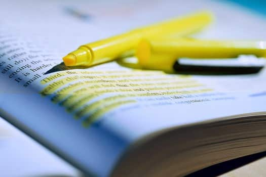 √Cerita Ulang : Pengertian, Jenis, Struktur, Kaidah dan Contohnya
