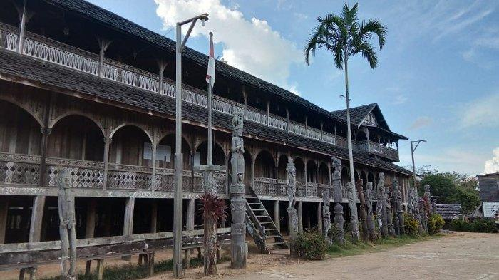 Rumah Adat Kalimantan Timur Filosofi Karakteristik Ciri