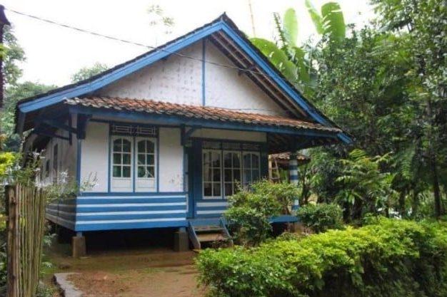 Rumah Tradisional Badak Heuay