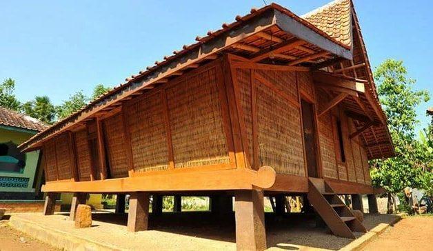 Rumah Tradisional Buka Pongpok