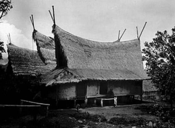 Rumah Tradisional Capit Gunting
