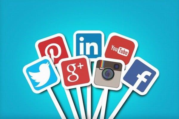 Integrasi-Media-Sosial